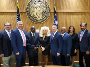 Picture of the Town Council, Mayor and Town Manager